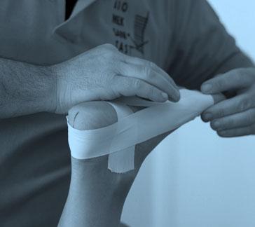 Bendaggio correttivo e mobilizzazione del piede